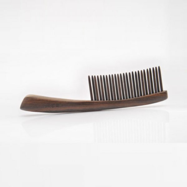 Comital Detangling Comb packaging