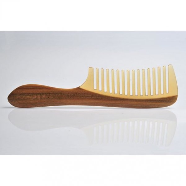 Queen Comb wide packaging